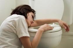 Тошнота - признак кисты поджелудочной железы