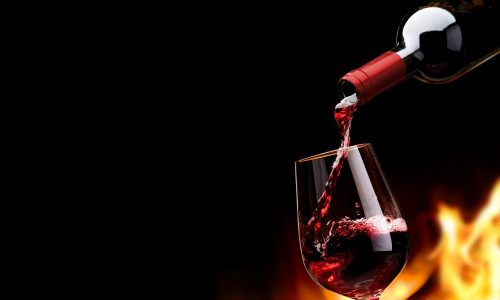 Алкогольный панкреатит - заболевание поджелудочной железы, при котором в органе развивается воспалительный процесс, вызванный воздействием этилового спирта