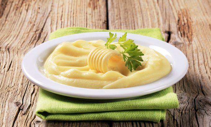 Дополнительно при панкреатите нужно включить в рацион картофельное пюре