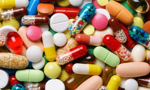 Если заболеванию сопутствует язва желудка, то могут быть назначены антибактериальные препараты и стимуляторы регенерации слизистой оболочки