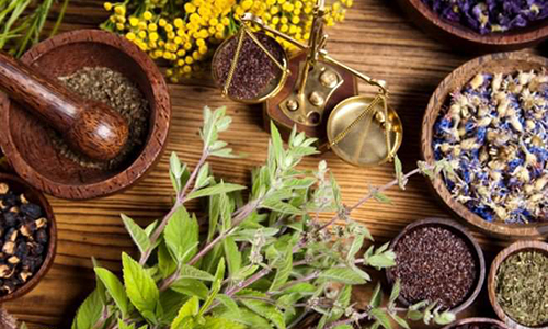 Для лечения поджелудочной железы в домашних условия можно применить рецепты народной медицины