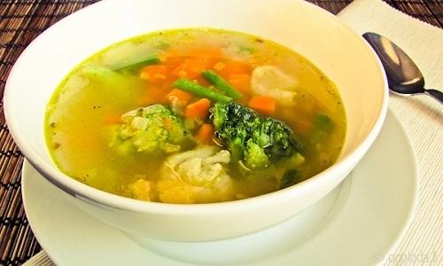 При хронической стадии и в периоды ремиссии можно готовить простой тыквенный суп