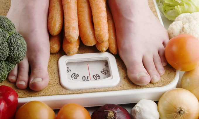 Часто улучшить состояние больного можно, исключив причину болезни: добившись снижения массы тела