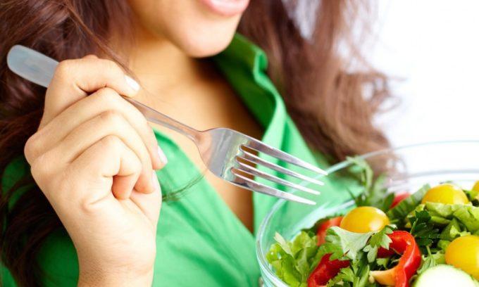 Чтобы не допустить изменений структуры поджелудочной железы, необходимо правильно питаться