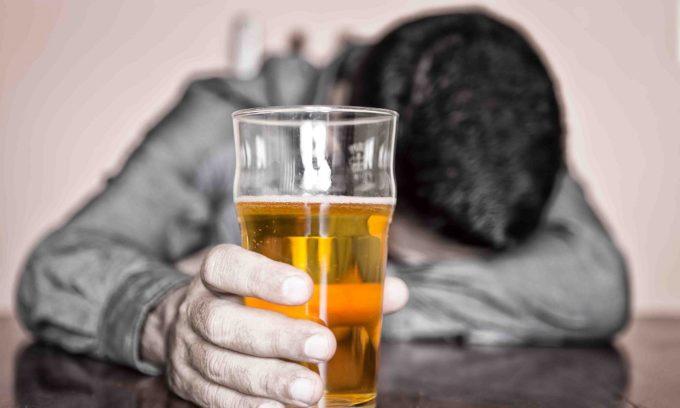 Людям, страдающим от алкоголизма, не проводят операции по пересадке поджелудочной железы